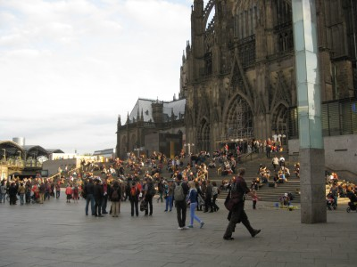Sunday afternoon in front of the Cathedral in Cologne, Germany