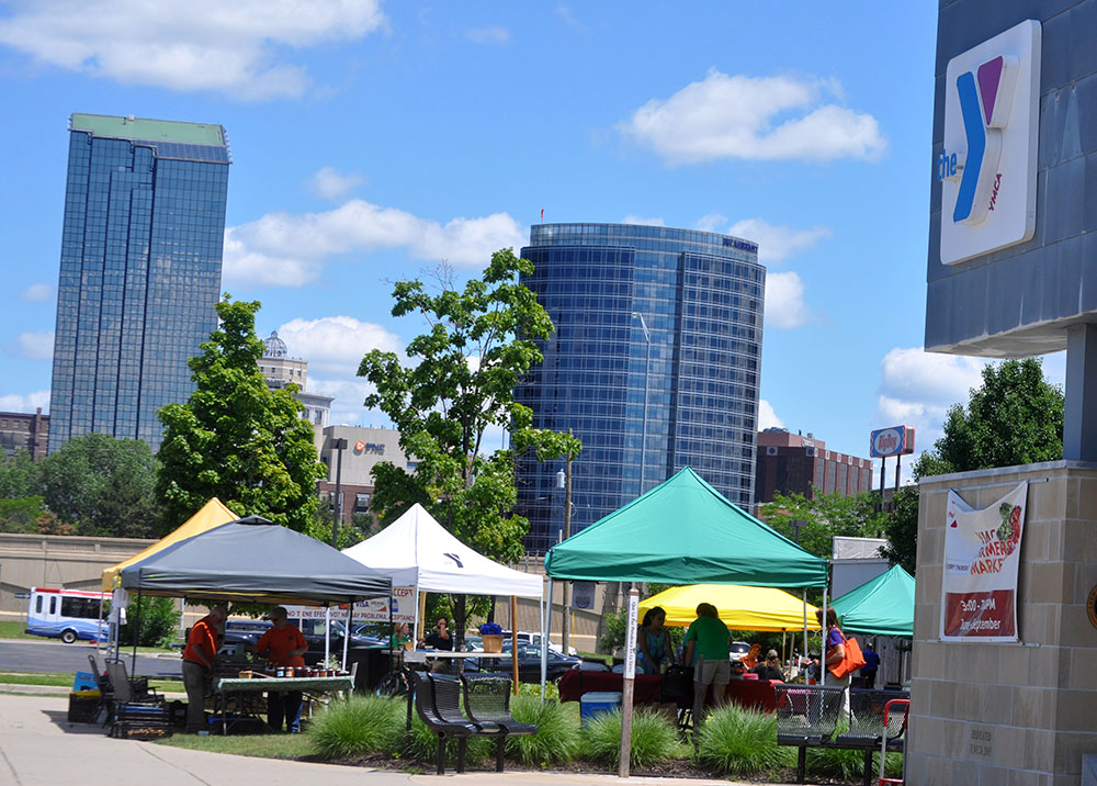web YMCA Farmers Market in Grand Rapids best (4)